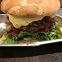Bearnaise & onion burger
