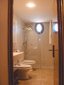 apartamento baño.jpg