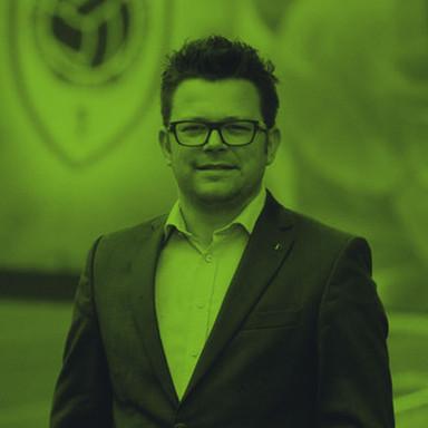Peter Onkelinx Huidig stadion manager Royal Antwerp FC Uitbater en bezieler Bloesembar Velm Eigenaar en innovator Truineer.be & Den Truineer Voormalig Trud'Or manager Stad Sint-Truiden, Site manager Stayen