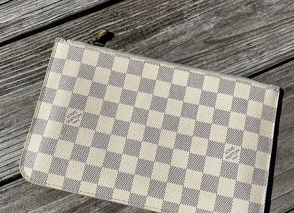$300 preowned lv Damier azur pouch