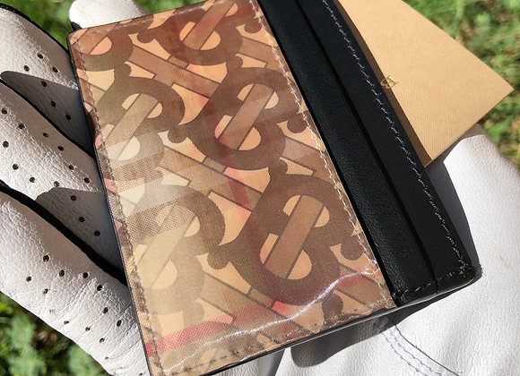 $200 Brand new Leather holographic Burberry card wallet