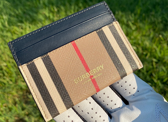 $200 Brand new Burberry card wallet