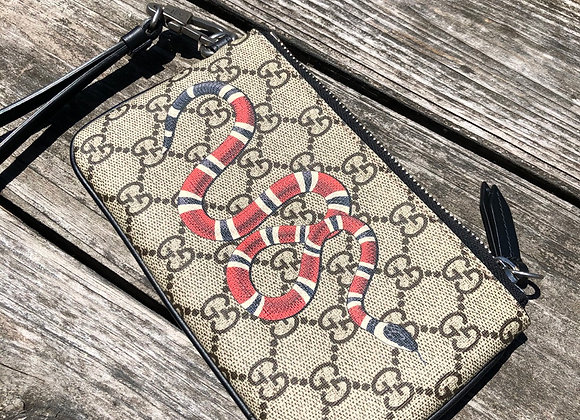 $520 Brand new with box Gucci kingsnake device/bill wallet pouch