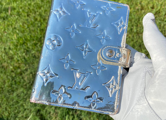 $225 preowned miroir day planner