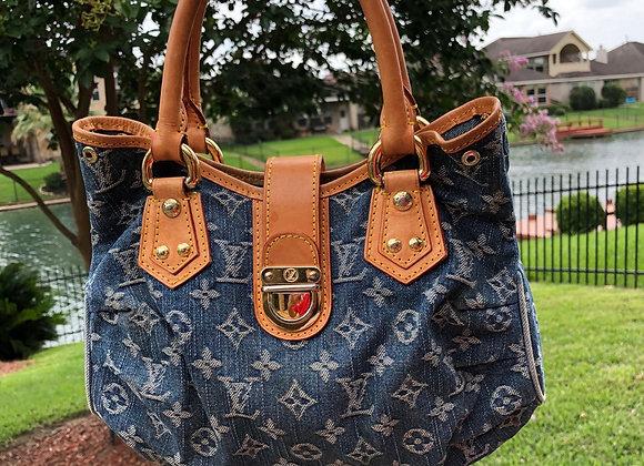 $850 vintage jean preowned Louis Vuitton handbag