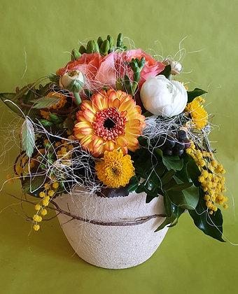 Blumengesteck im DekoTopf