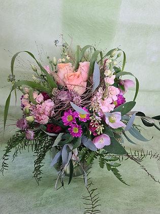 Blumenstrauss rund gebunden