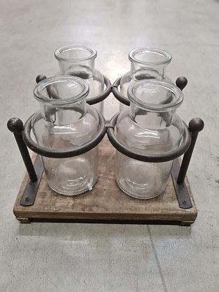 Holztablett mit 4 Gläsern