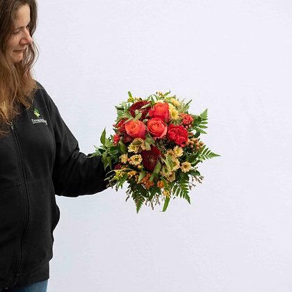 Blumenstrauss rund gebunden orangeton Gr. M