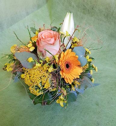 Blumengesteck im Körbli klein