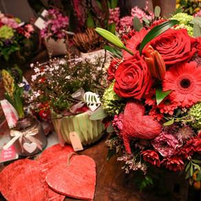 Einzigartige Floristik zum Festtag der Liebe!