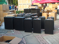 Speakers Lined Up guatemala