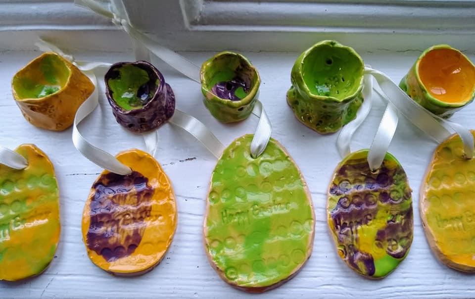 Making ceramic Easter gifts