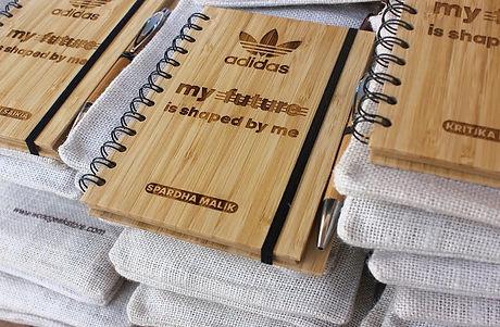 corporate-gifts-adidas-wood-journal-woodgeek-store_orig.jpg