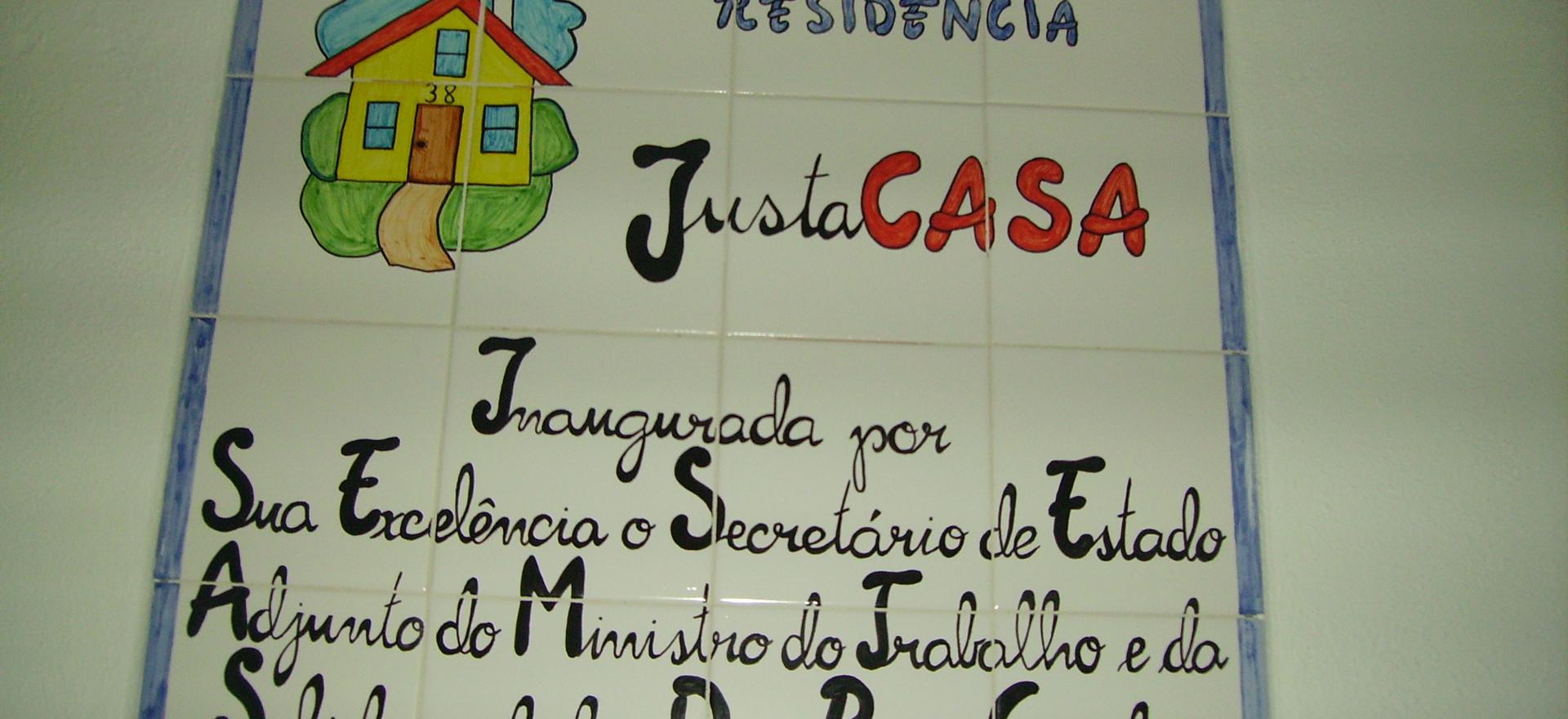 LAR DE APOIO // RESIDÊNCIA JustaCASA