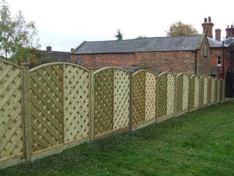 V arched fencing