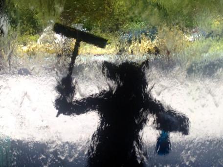 ZAN GRIFFITH AT NGV WATERWALL.jpeg