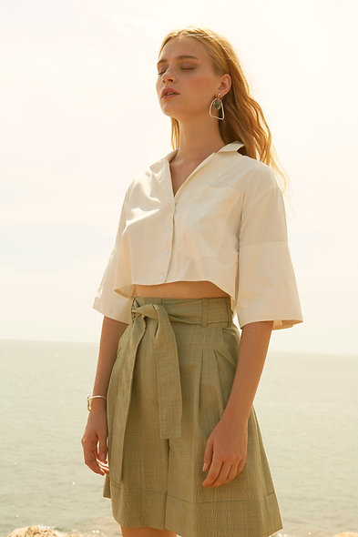 White over-sized placket short-sleeve crop shirt