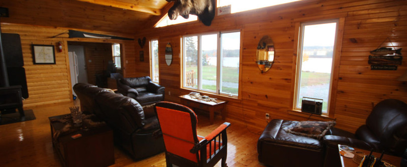 White Cliff Lodge Newfoundland (Living Area 3)