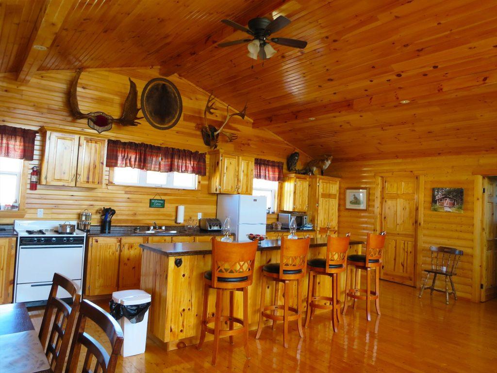 White Cliff Lodge Newfoundland (Kitchen 3)