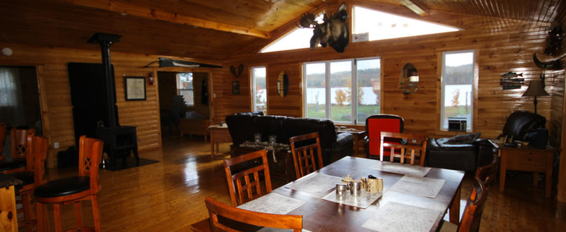 White Cliff Lodge Newfoundland (Eating Area 2)