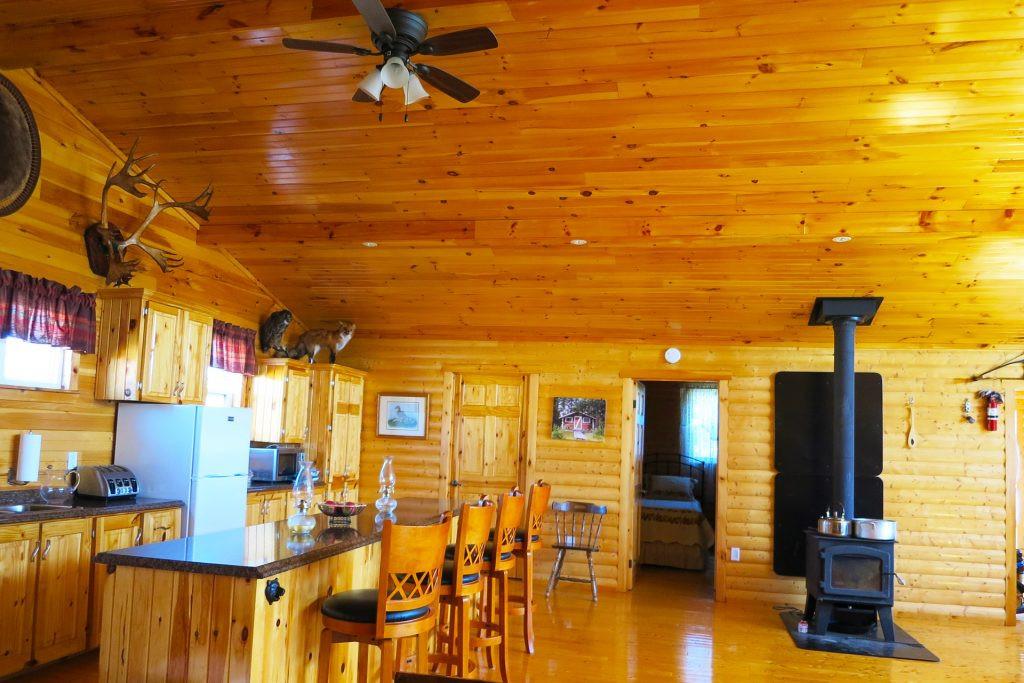 White Cliff Lodge Newfoundland (Kitchen 2)