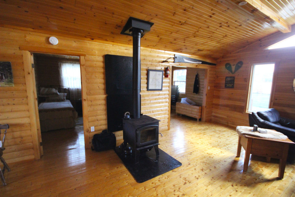 White Cliff Lodge Newfoundland (Wood Stove)