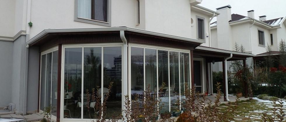 bursa-katlanir-cam-balkon-modelleri-3.jp