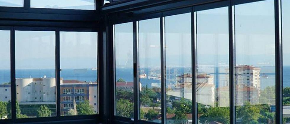 bursa-katlanir-cam-balkon-modelleri-5.jp