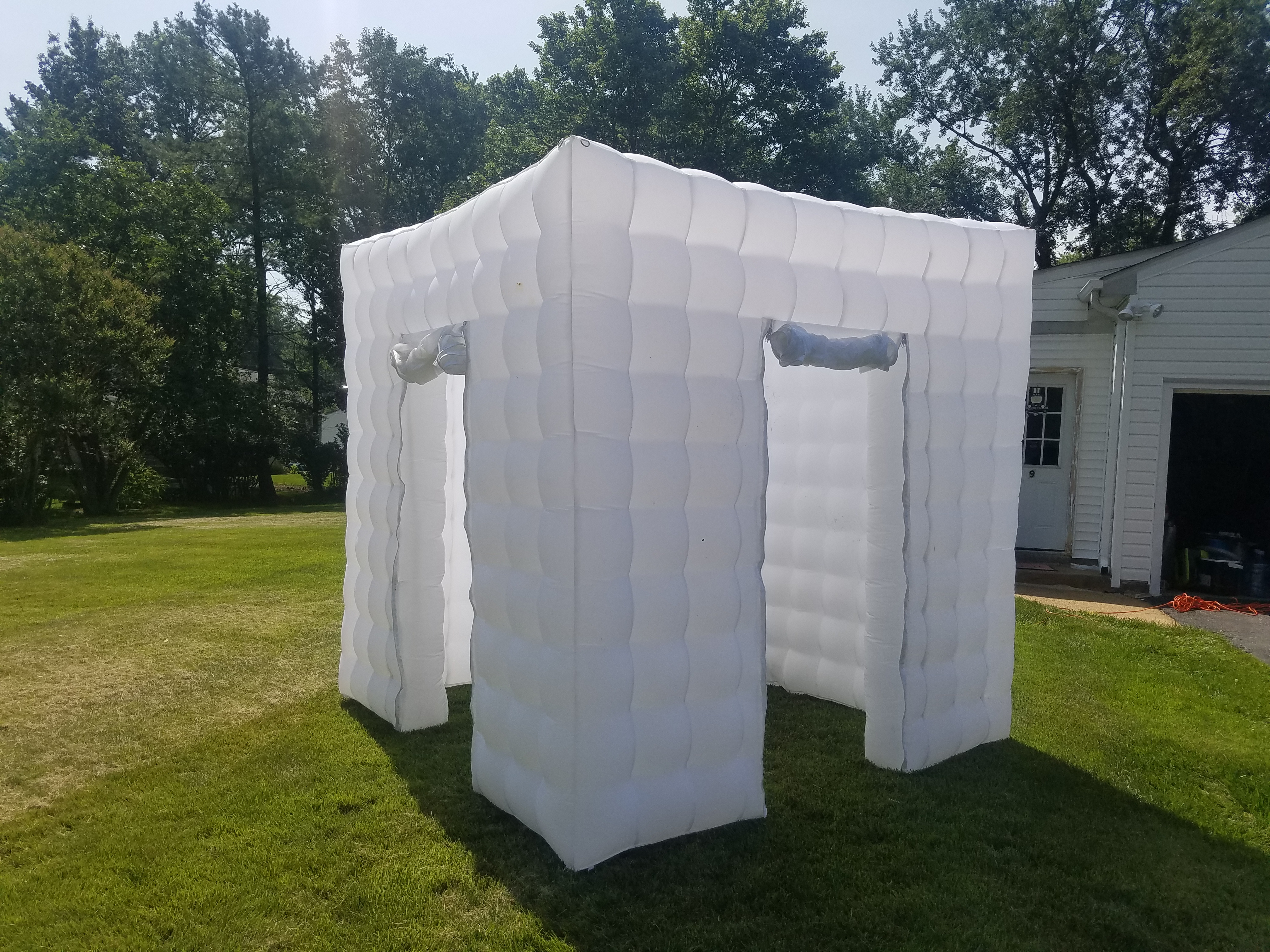 New Cube Booth