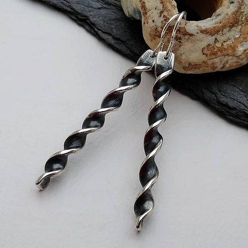 'Gothic Twist' earrings