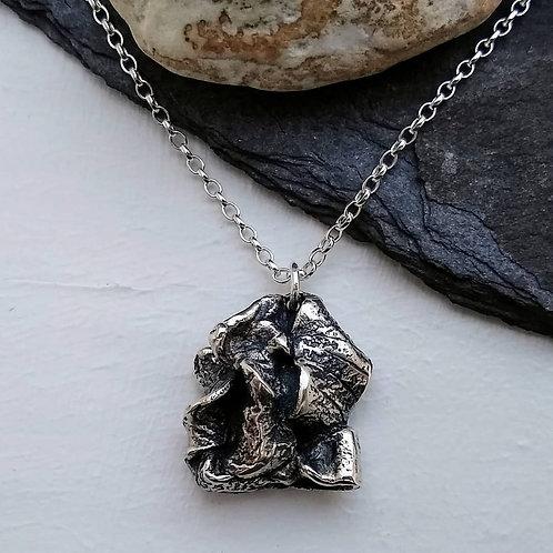 'Enwrapped' pendant