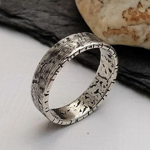 'Inner River' ring