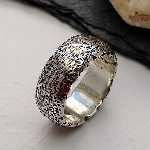 'Strata' ring