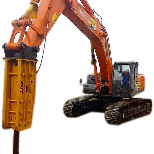 Гусеничный экскаватор Hitachi ZX 240 с гидромолотом