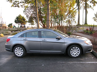 full sized chrysler 200