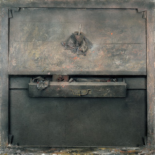 Glass and drawer No. 1