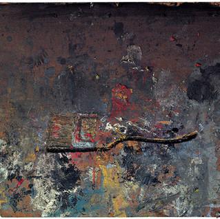Horizontal paintbrush