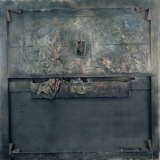 Glass and drawer No. 2