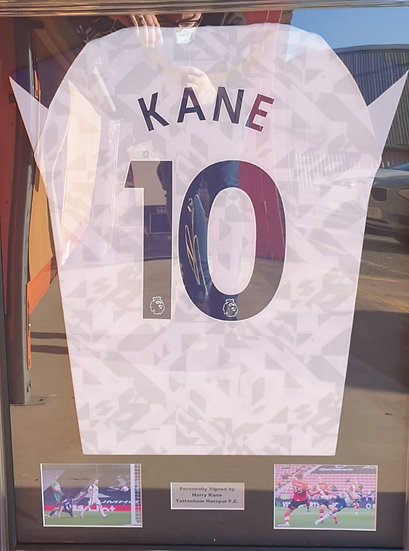 Illuminapp Framed Harry Kane Signed Tottenham Hotspur 20/21 Shirt