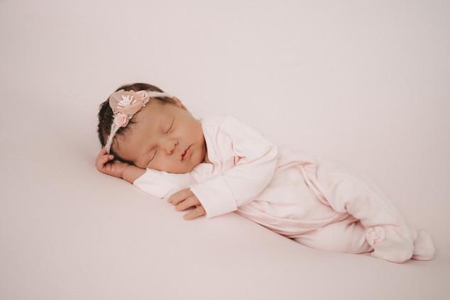 Newborn Fotografin Schwarzwald-3.jpg