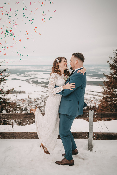 J & T Web Wedding-162.jpg
