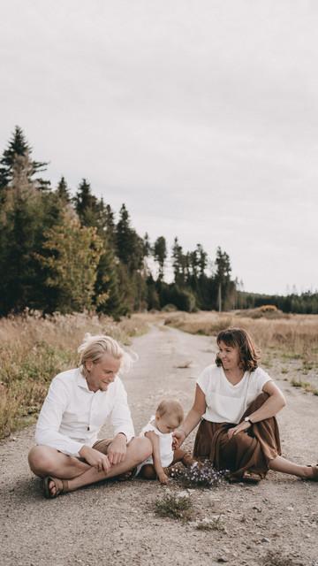 Ella und Lukas mit Arya