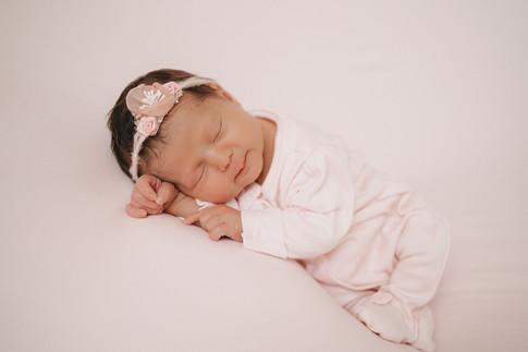 Newborn Fotografin Schwarzwald-9.jpg