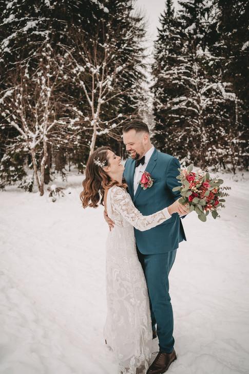 J & T Web Wedding-275.jpg