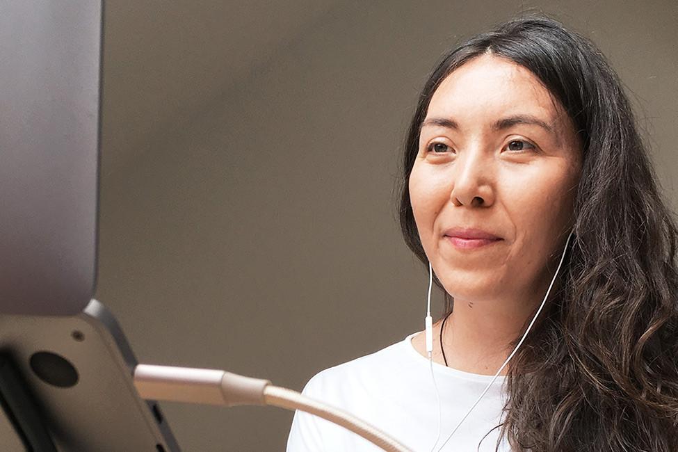 Kira Krämer moderiert einen Remote Workshops