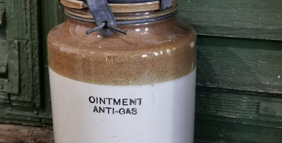 WW2  OINTMENT JAR