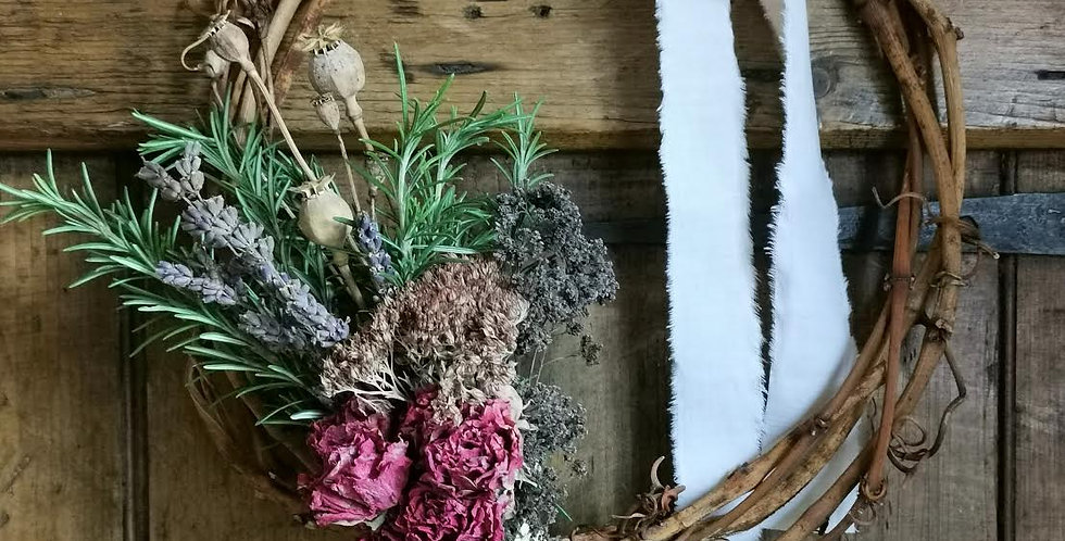 Vine Ring with dried flowers