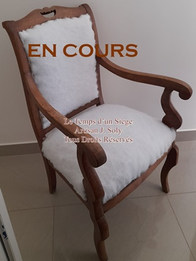 Restauration d'un fauteuil par votre tapissier rhone loire J Soly 2encours.jpg