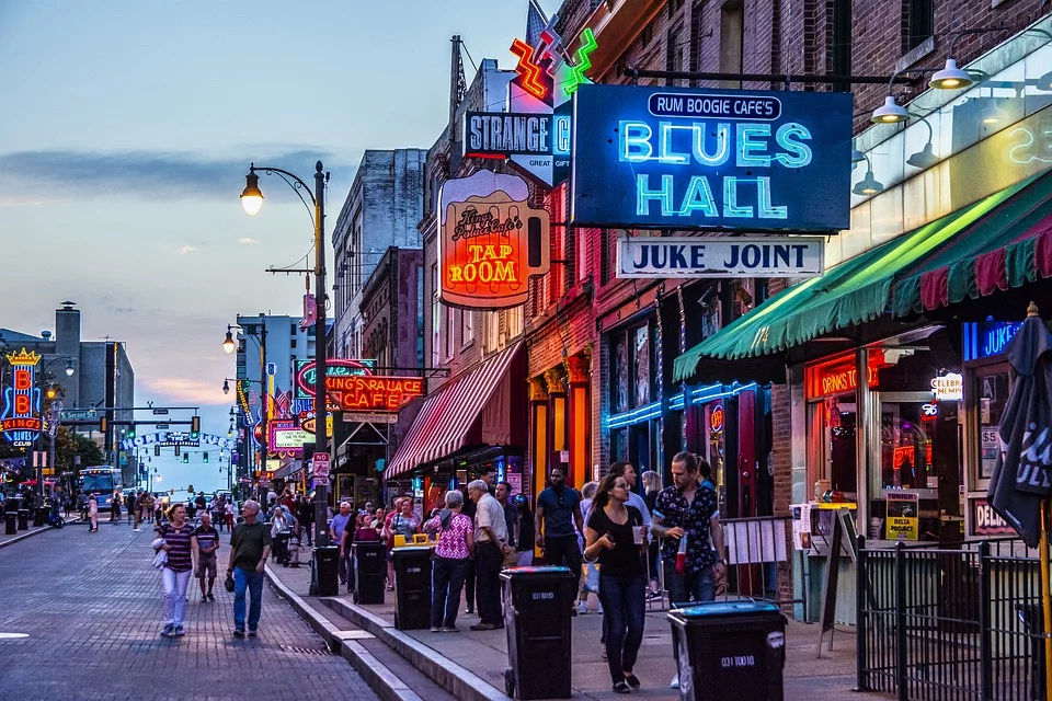 Downtown Memphis Signs for Blues Hall, Tap Room in neon